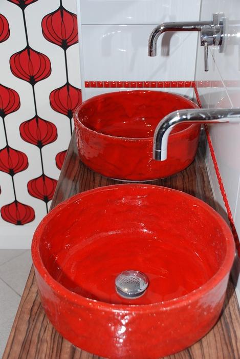 rot waschbecke wohnidee designer vintage waschbecken. Black Bedroom Furniture Sets. Home Design Ideas